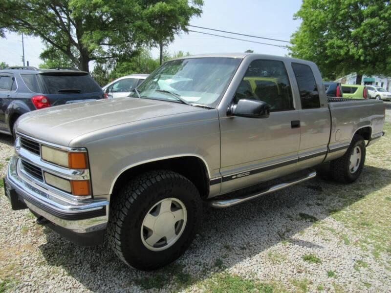 1998 Chevrolet C/K 1500 Series for sale at Dallas Auto Mart in Dallas GA