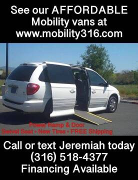 2016 Chrysler Town and Country for sale at Affordable Mobility Solutions, LLC - Mobility/Wheelchair Accessible Inventory-Wichita in Wichita KS