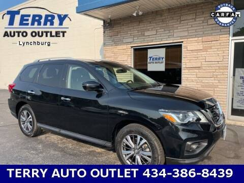 2019 Nissan Pathfinder for sale at Terry Auto Outlet in Lynchburg VA