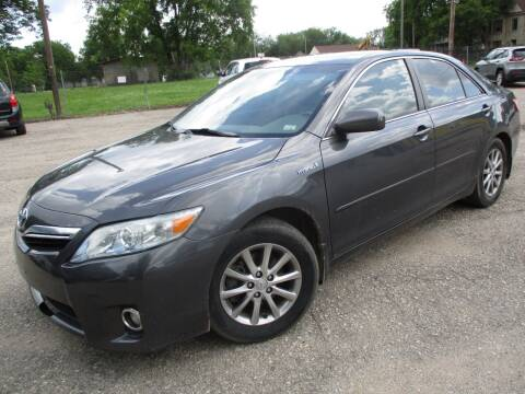 2010 Toyota Camry Hybrid for sale at Dons Carz in Topeka KS