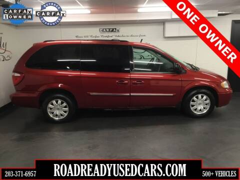 2007 Chrysler Town and Country for sale at Road Ready Used Cars in Ansonia CT