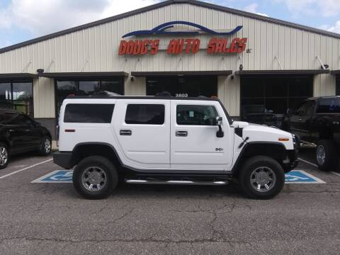 2004 HUMMER H2 for sale at DOUG'S AUTO SALES INC in Pleasant View TN