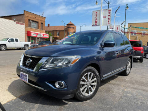 2014 Nissan Pathfinder for sale at Latino Motors in Aurora IL
