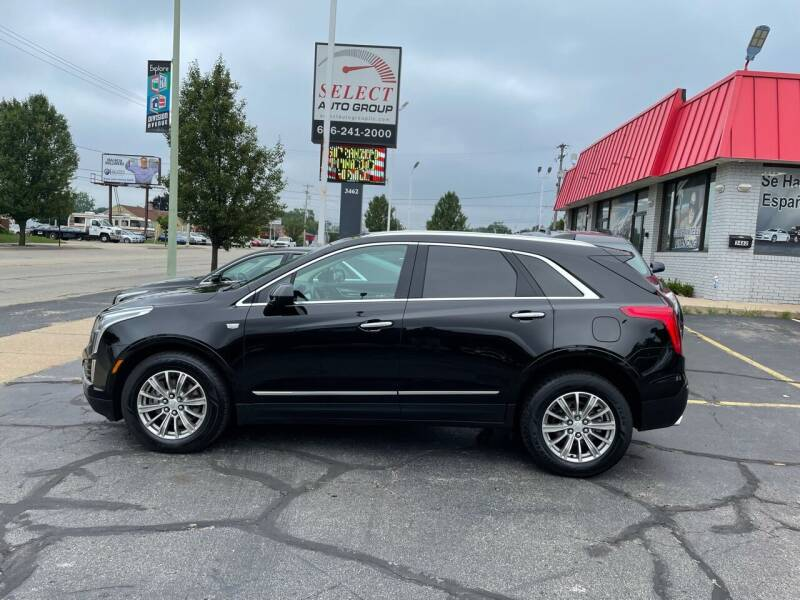 2017 Cadillac XT5 for sale at Select Auto Group in Wyoming MI