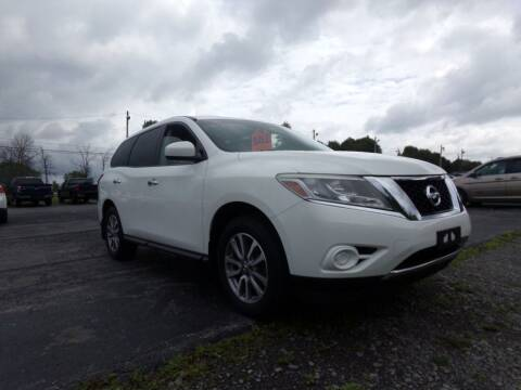 2013 Nissan Pathfinder for sale at Pool Auto Sales Inc in Spencerport NY