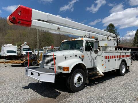 2002 International 4700 for sale at Henderson Truck & Equipment Inc. in Harman WV