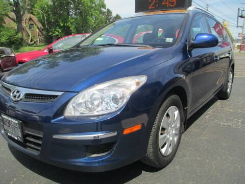2011 Hyundai Elantra Touring for sale at GREG'S EAGLE AUTO SALES in Massillon OH