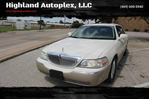 2006 Lincoln Town Car for sale at Highland Autoplex, LLC in Dallas TX