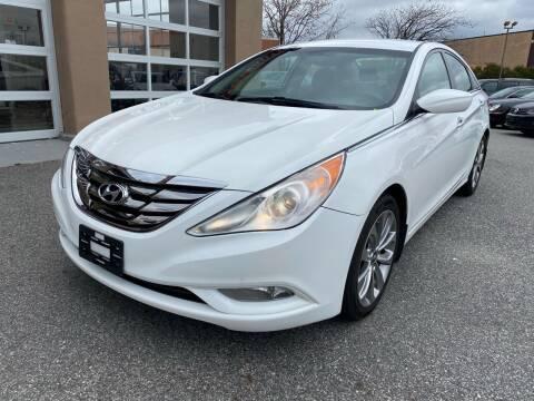 2013 Hyundai Sonata for sale at MAGIC AUTO SALES - Magic Auto Prestige in South Hackensack NJ