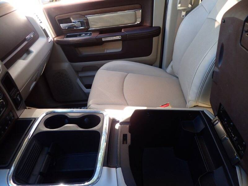 2017 RAM Ram Pickup 1500 4x4 Laramie 4dr Crew Cab 6.3 ft. SB Pickup - Storrs CT