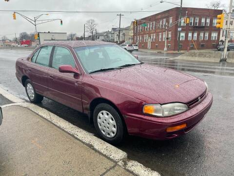 1996 Toyota Camry for sale at G1 AUTO SALES II in Elizabeth NJ