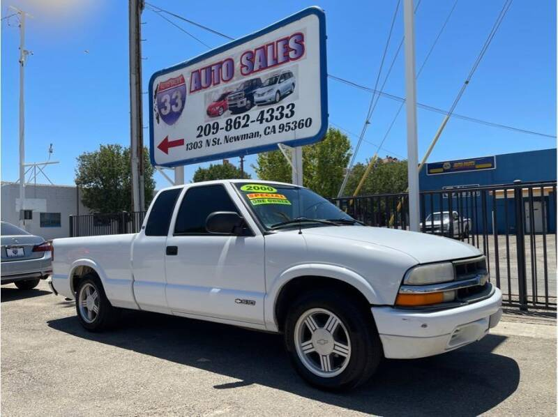 2000 Chevrolet S-10 for sale in Newman, CA