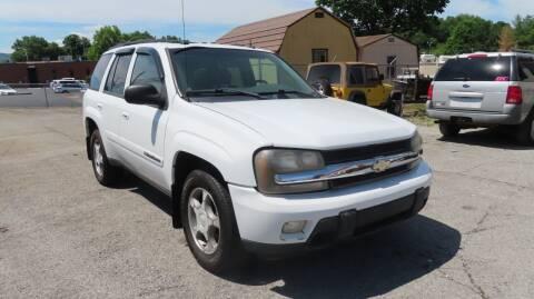2004 Chevrolet TrailBlazer for sale at RIVERSIDE CUSTOM AUTOMOTIVE in Mc Minnville TN