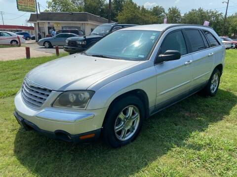 2004 Chrysler Pacifica for sale at Cash Car Outlet in Mckinney TX