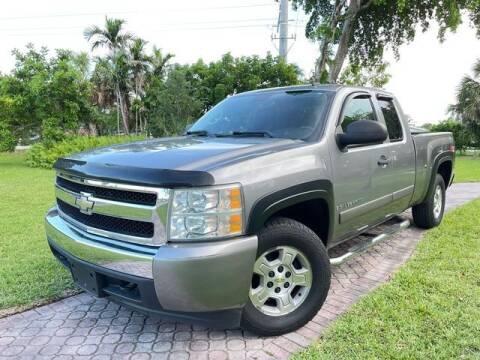 2007 Chevrolet Silverado 1500 for sale at Citywide Auto Group LLC in Pompano Beach FL