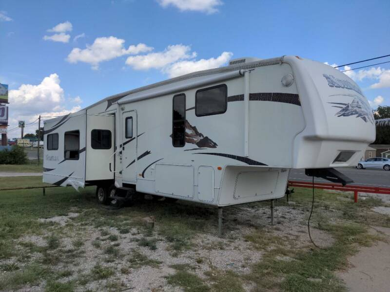 2008 Keystone MONTANA 3485SA for sale at Texas RV Trader in Cresson TX