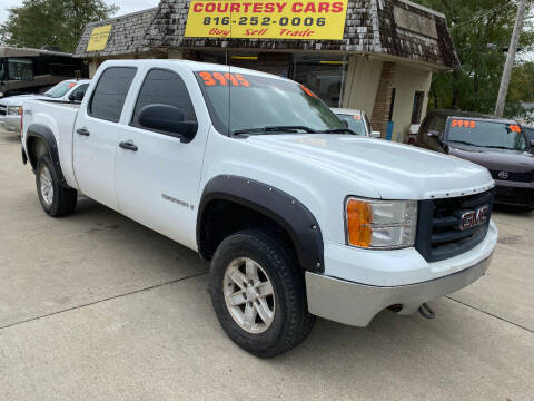 2007 GMC Sierra 1500 for sale at Courtesy Cars in Independence MO