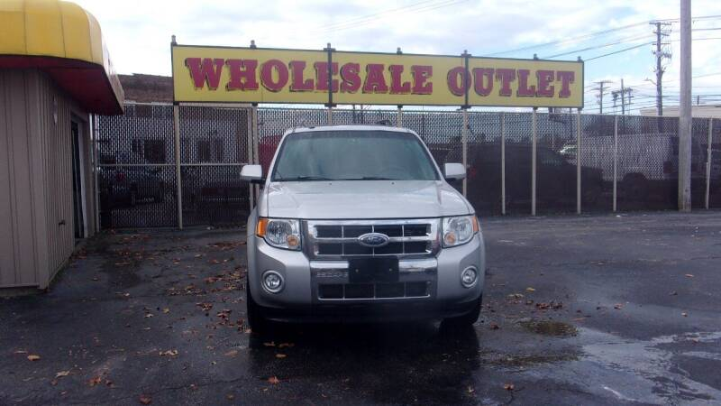 2009 Ford Escape for sale at LONG BROTHERS CAR COMPANY in Cleveland OH