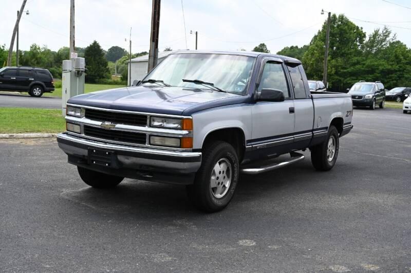 1995 Chevrolet C/K 1500 Series for sale at Herman's Motor Sales Inc in Hurt VA