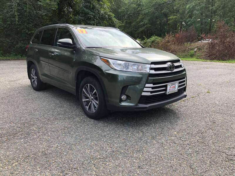 2017 Toyota Highlander for sale at 4Auto Sales, Inc. in Fredericksburg VA
