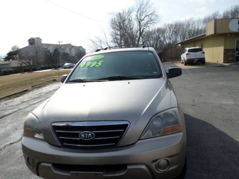 2007 Kia Sorento for sale at Credit Cars of NWA in Bentonville AR