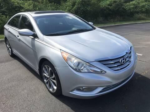 2013 Hyundai Sonata for sale at J & D Auto Sales in Dalton GA