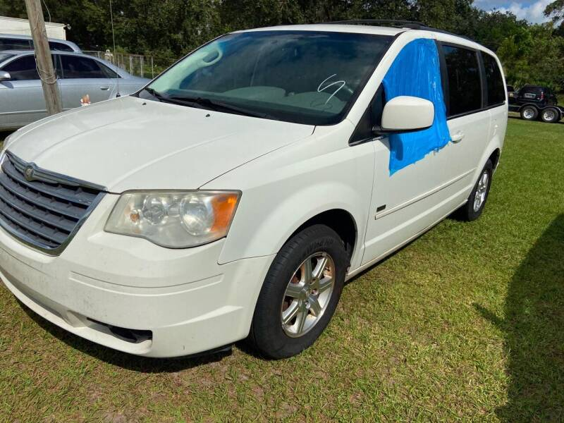2008 Chrysler Town and Country for sale at Massey Auto Sales in Mulberry FL