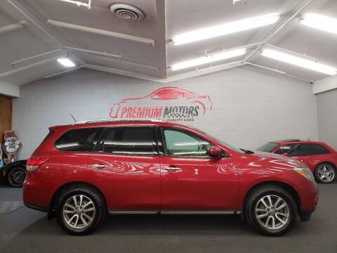2013 Nissan Pathfinder for sale at Premium Motors in Villa Park IL