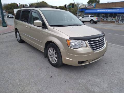 2010 Chrysler Town and Country for sale at Street Side Auto Sales in Independence MO