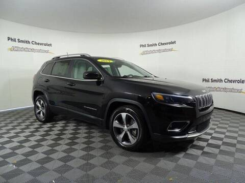 2019 Jeep Cherokee for sale at PHIL SMITH AUTOMOTIVE GROUP - Phil Smith Chevrolet in Lauderhill FL