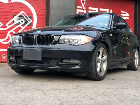 2009 BMW 1 Series for sale at Apple Auto Sales Inc in Camillus NY