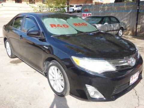 2013 Toyota Camry Hybrid for sale at R & D Motors in Austin TX