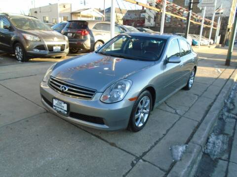 2005 Infiniti G35 for sale at CAR CENTER INC in Chicago IL