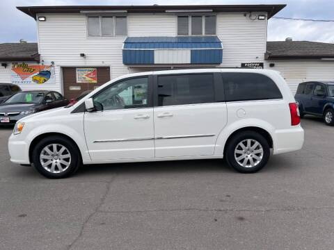 2013 Chrysler Town and Country for sale at Twin City Motors in Grand Forks ND