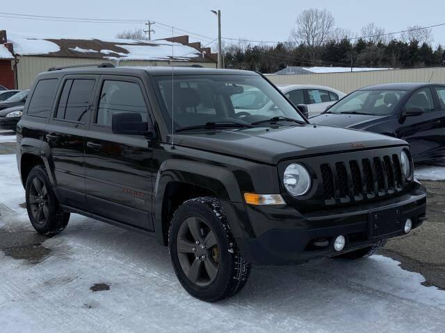 2017 Jeep Patriot for sale at Miller Auto Sales in Saint Louis MI
