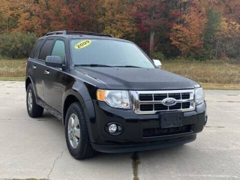 2009 Ford Escape for sale at Betten Baker Preowned Center in Twin Lake MI