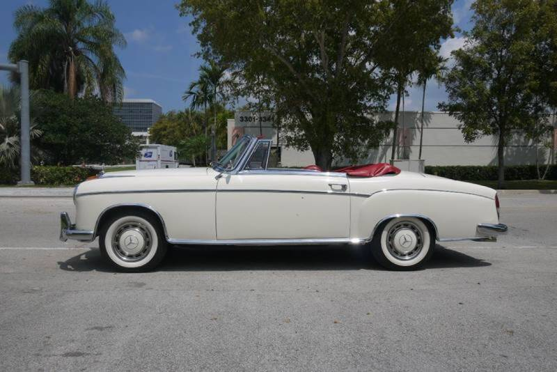 1959 Mercedes-Benz 220S Cabriolet for sale at PERFORMANCE AUTO WHOLESALERS in Miami FL