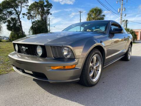 2005 Ford Mustang for sale at American Classics Autotrader LLC in Pompano Beach FL