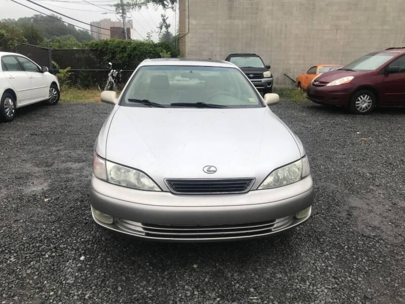 1998 Lexus ES 300 for sale in Alexandria, VA