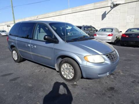 2006 Chrysler Town and Country for sale at DONNY MILLS AUTO SALES in Largo FL