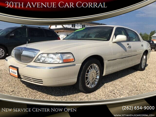 2006 Lincoln Town Car for sale at 30th Avenue Car Corral in Kenosha WI