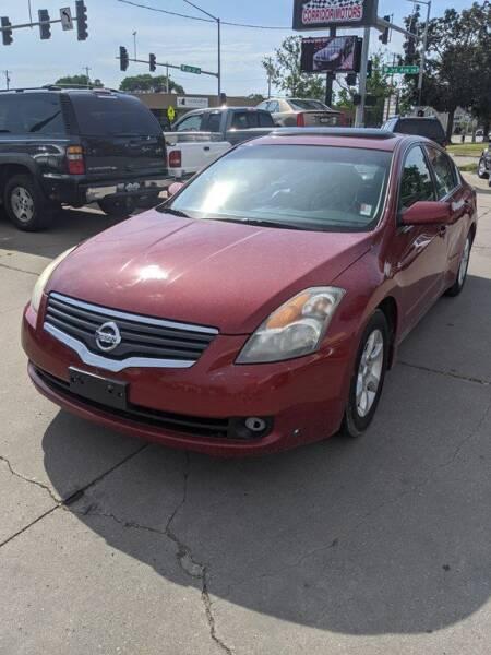 2008 Nissan Altima for sale at Corridor Motors in Cedar Rapids IA