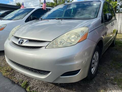 2006 Toyota Sienna for sale at KD's Auto Sales in Pompano Beach FL