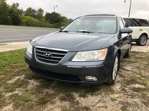 2009 Hyundai Sonata for sale at Louie's Auto Sales in Leesburg FL