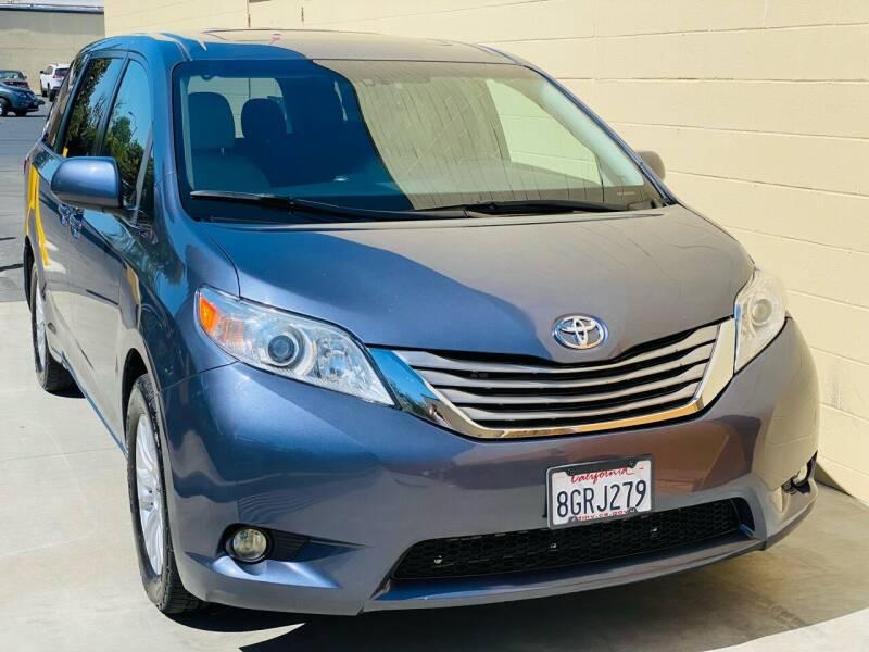 2017 Toyota Sienna for sale at Auto Zoom 916 Rancho Cordova in Rancho Cordova CA