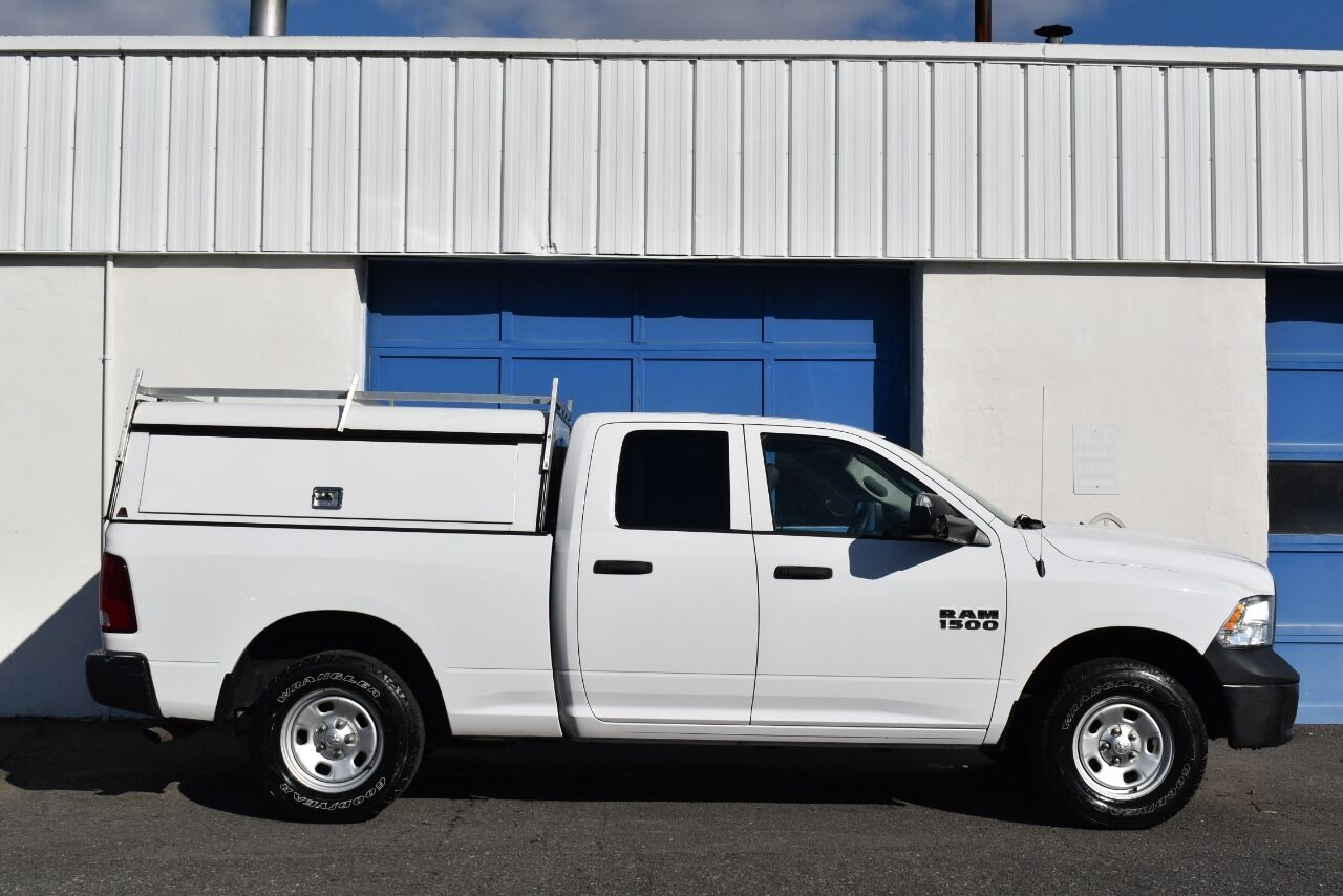 2015 RAM Ram Pickup 1500 Tradesman 4×4 4dr Quad Cab 6.3 ft. SB Pickup full