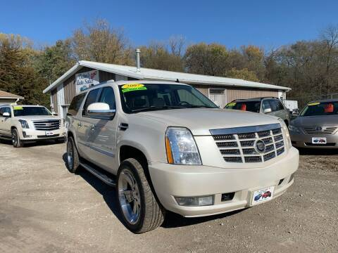 2007 Cadillac Escalade ESV for sale at Victor's Auto Sales Inc. in Indianola IA