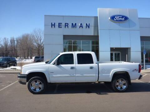 2004 Chevrolet Silverado 2500HD for sale at Herman Motors in Luverne MN