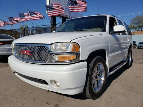2003 GMC Yukon for sale at Gus's Used Auto Sales in Detroit MI