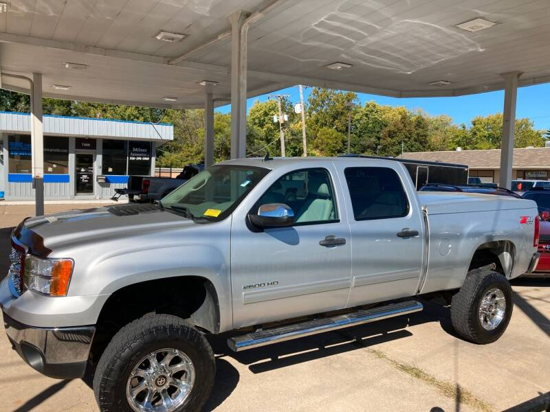 2014 GMC Sierra 2500HD for sale at GRC OF KC in Gladstone MO
